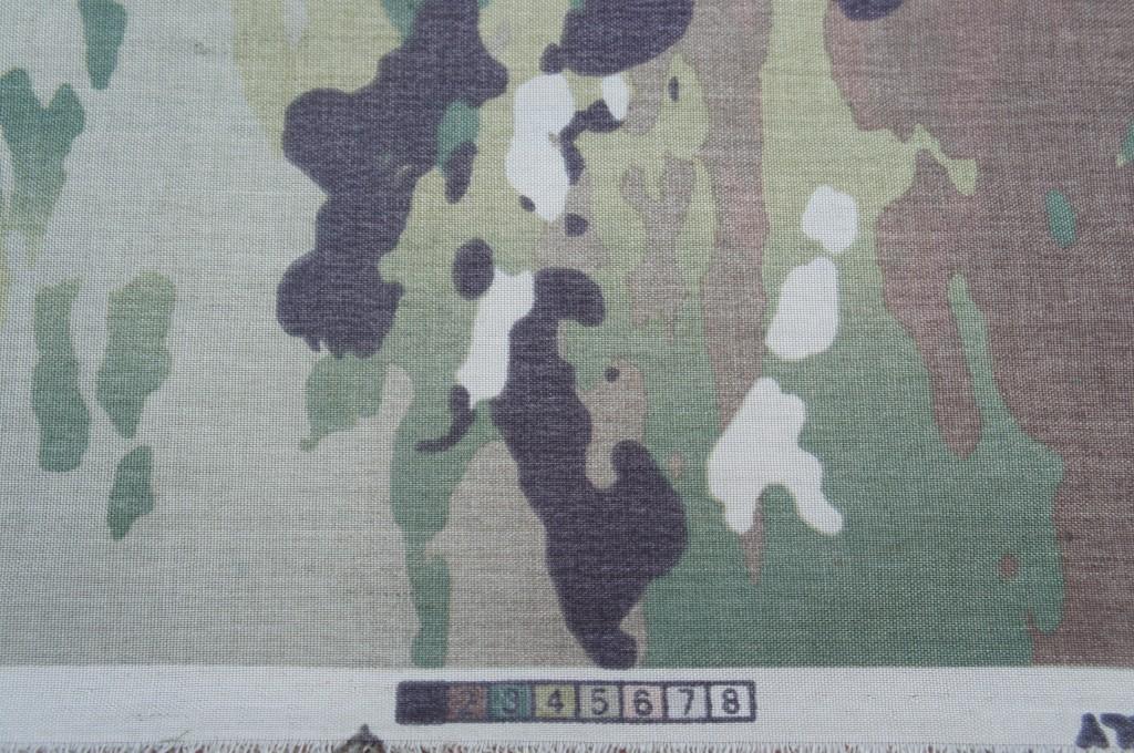 スコーピオンW2迷彩のパレットは8色。Wikipediaによると、マルチカムは7色とのことです。 (出典: Soldier Systems Daily)